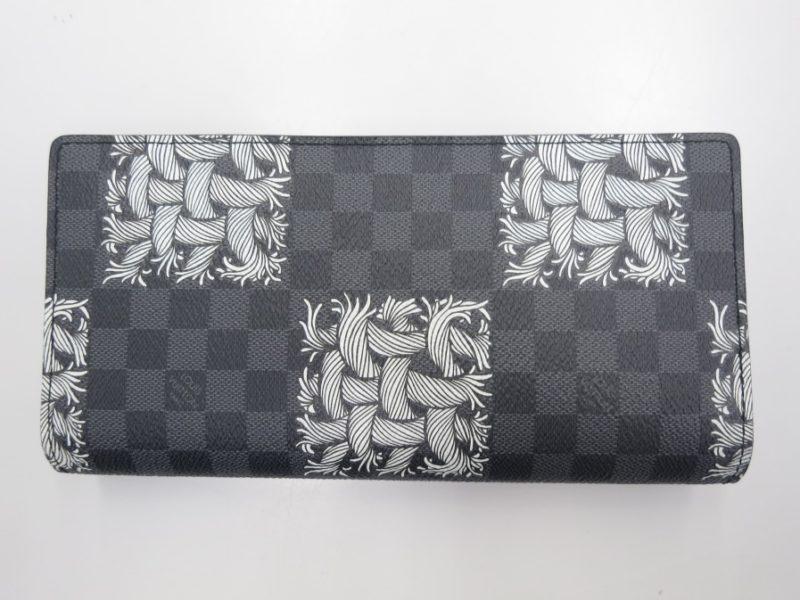 LOUIS VUITTON メンズ用長財布お売り頂けました。