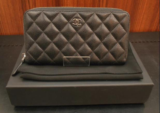 CHANEL(シャネル)のお財布です。  大人気のマトラッセのキャビアスキン♪♪♪